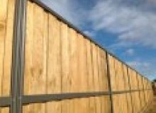 Kwikfynd Lap and Cap Timber Fencing ascotpark